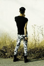 White-floral-zara-pants-black-chainmail-topman-shirt