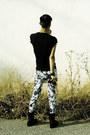 White-floral-zara-pants-black-chainmail-topman-shirt