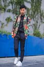 Green-floral-print-zara-blazer-navy-trousers-zara-pants