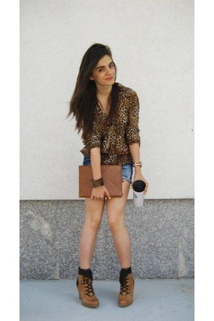 leather Zara boots - denim shorts Zara shorts - REPLAY belt - Zara blouse