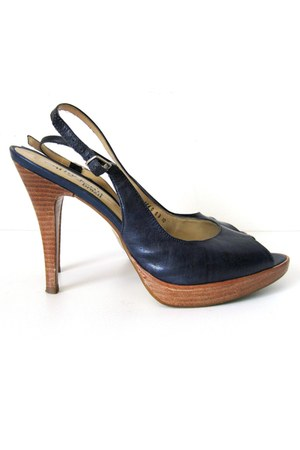 navy Cathy Jean pumps