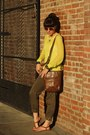 Yellow-old-navy-sweater-light-brown-liz-claiborne-bag