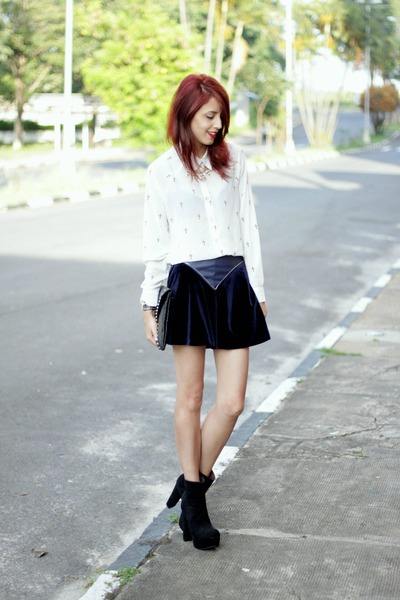 navy velvet Chicwish skirt - black OASAP boots - white cross Chicwish shirt