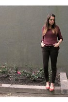 dark brown Zara jeans - crimson H&M jumper - burnt orange New Yorker flats
