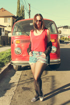 vintage shirt - Levis shorts - Candies flats