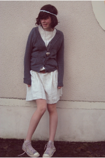 vintage dress - Zara blouse - Claires necklace - Home-made accessories - convers
