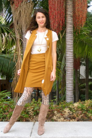 orange mustard 60s 2-piece suit - cheetah tights - beige 80s boots boots - 80s h