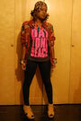 Red-jacket-gray-t-shirt-black-leggings-beige-jeffrey-campbell-shoes