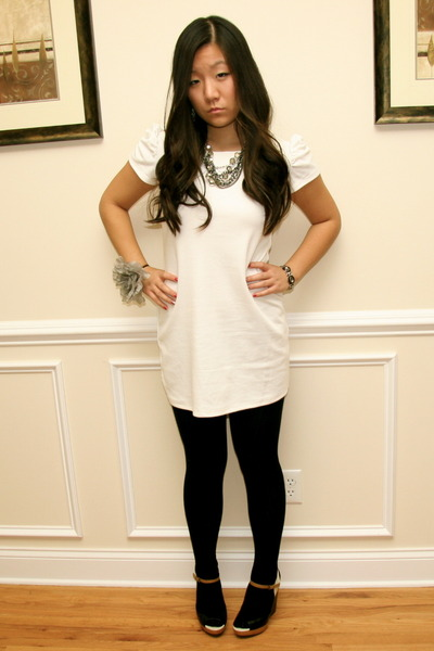 white Forever 21 dress - black Forever 21 tights - simply vera necklace