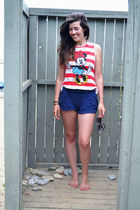 ruby red Topshop t-shirt - blue Bershka shorts - crimson Jigsaw sunglasses