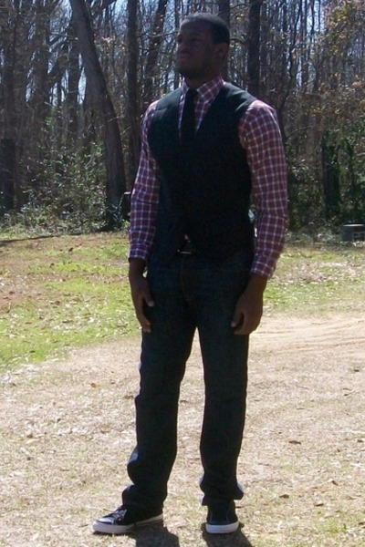 Perry Ellis vest - Jos A Bank shirt - penguin tie - Converse shoes