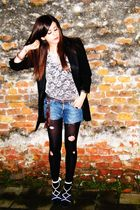 black Guess blazer - beige new look top - black Calzedonia socks - blue Guess sh