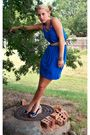 Blue-thrifted-dress-beige-thrifted-belt-gold-thrifted-earrings-blue-old-na