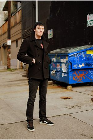 black hat - black coat - black jeans - black Vans shoes