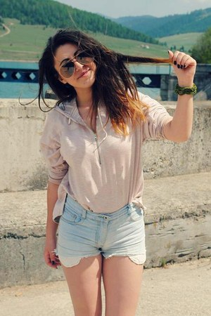 shorts - peach H&M hoodie - glasses