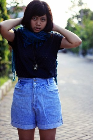 teal Magnolia scarf - light blue denim thrifted shorts - black crochet Details t