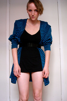 vintage 80s blue & black striped top (pic 2)