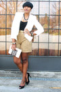 White-thrifted-vintage-blazer-black-shirt-tan-leopard-jones-new-york-shorts