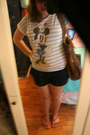 Bronze-huge-roxy-bag-navy-shorts-old-navy-shorts
