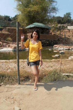 Vigan hat - bag - denim shorts BNY shorts - yellow baleno top