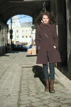brown coat - light brown leather bb up shoes boots