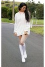 Nude-mossman-shirt-white-socks-white-stockings-off-white-2h-jumper
