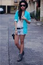 Aquamarine-kob-blazer-white-shirt-light-blue-shorts-heather-gray-shoes-b