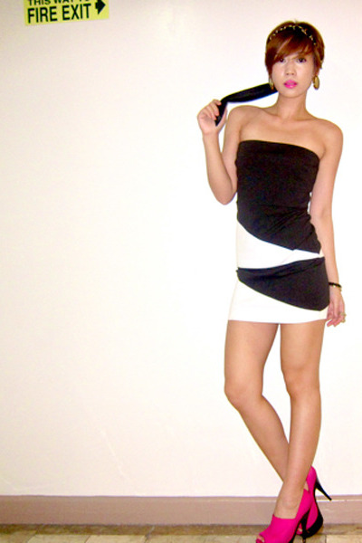 black tube Forever21 dress - hot pink suede platform Topshop heels