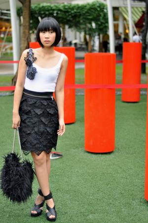 black zoo shoes - black Teranova purse - black Grommet by Glitterati belt