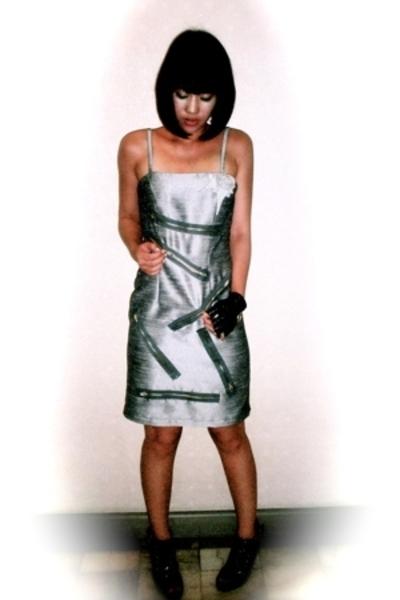Glitterati dress - Terranova gloves - zoo shoes