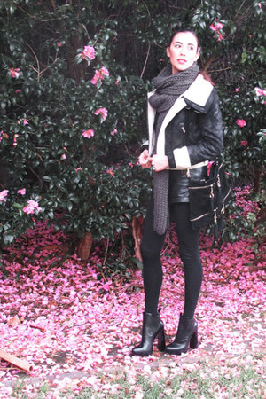 Alexander Wang boots - Vintage Tokyo jacket - Zara scarf - Nina Maya bag - Nina