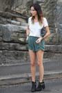 Dark-gray-sequin-clutch-zara-bag-olive-green-pinkyotto-shorts