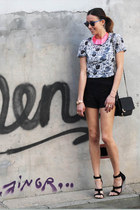 black zara shorts Zara shorts - hot pink H&M necklace