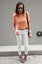 light orange Bassike top - white white denim Zara jeans