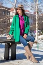 green wool 60s asos coat - beige Joie boots - beige trilby hat asos hat