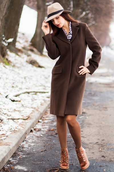 brown cashmere coat - beige wool asos hat