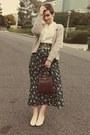 Vintage-purse-goodwill-blouse-goodwill-skirt