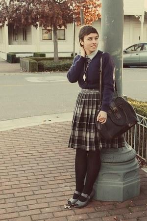 vintage cardigan - Urban Outfitters purse - vintage flats - J Crew blouse