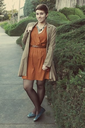 Ruche dress - thrifted coat - thrifted flats