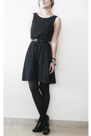 H&amp;M dress - tights - Steve Madden shoes - Aldo bracelet - casio wallet