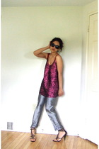 Theory top - ann taylor pants - Betsey Johnson sunglasses - sam edelman shoes -