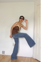 Kenneth Cole sunglasses - Ella Moss top - 7 for all mankind jeans - Anne Klein s