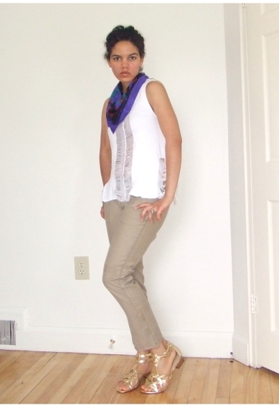 Hanes t-shirt - thrifted scarf - free people pants - Elie Tahari shoes
