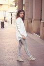 Heather-gray-pull-bear-jeans-ivory-vero-moda-blazer