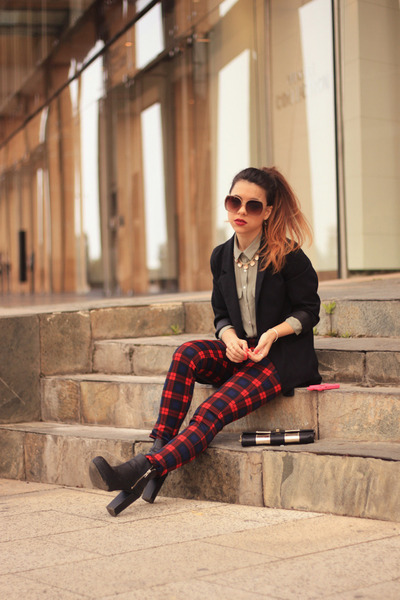 H&M boots - H&M blazer - Aldo sunglasses - H&M blouse - Zara pants