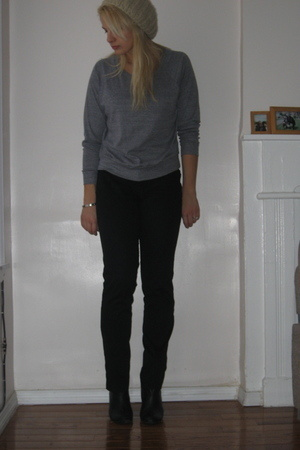 Urban Outfitters hat - American Apparel shirt - forever 21 pants