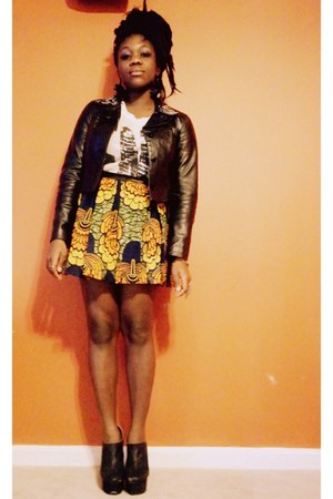Nyorh Agwe skirt - black DIY jacket - white FNO t-shirt