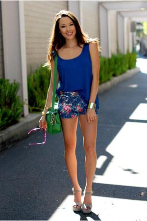 blue solilor girl top - green vivilli bag - teal popcouture shorts