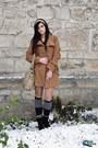 Black-astrid-boots-camel-new-yorker-coat