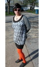 Brown-iz-dress-carrot-orange-bakers-tights-heather-gray-tee-shop-cardigan